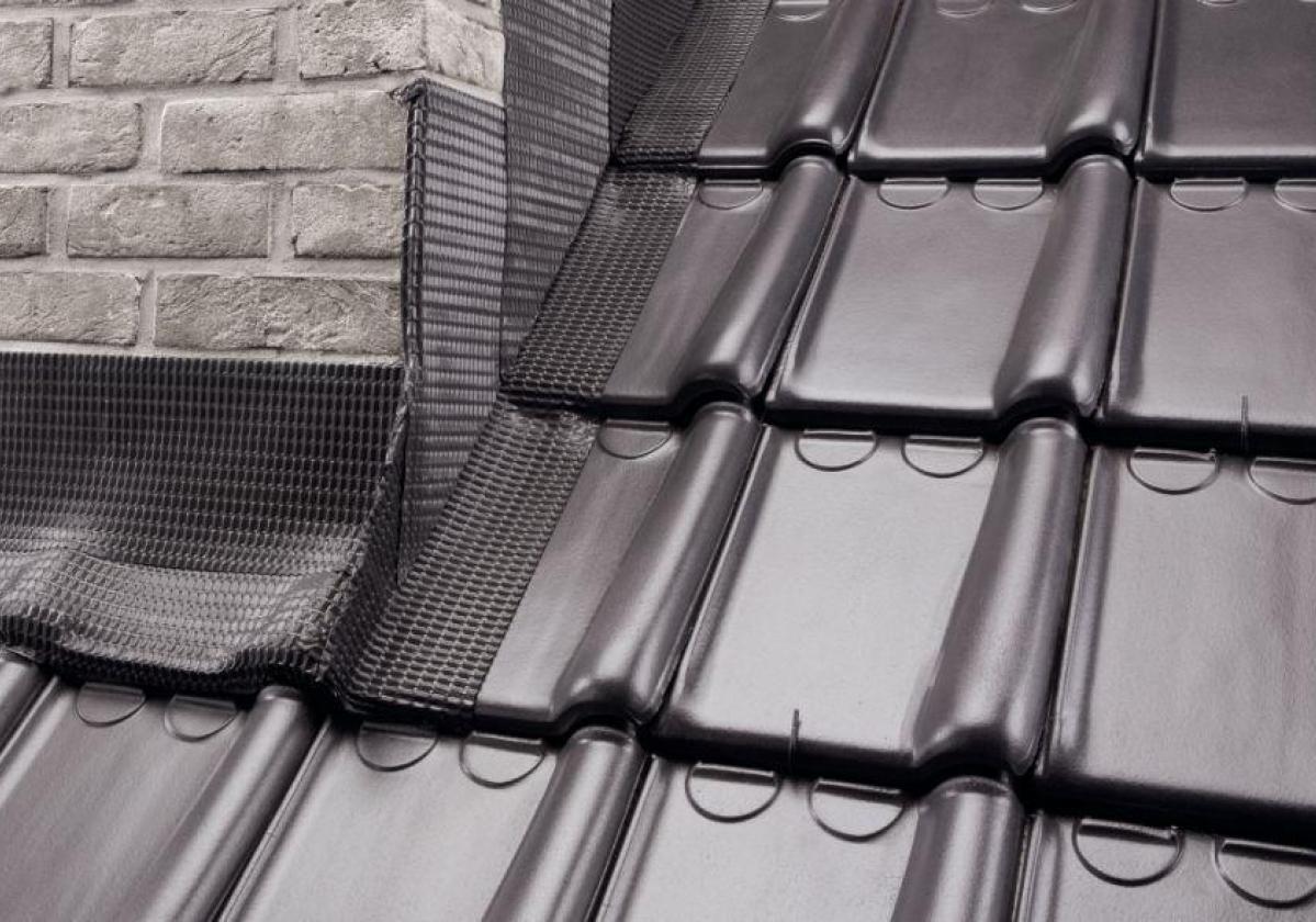 FLASHING BAND - самозалепяща лента за хидроизолация на покривни детайли